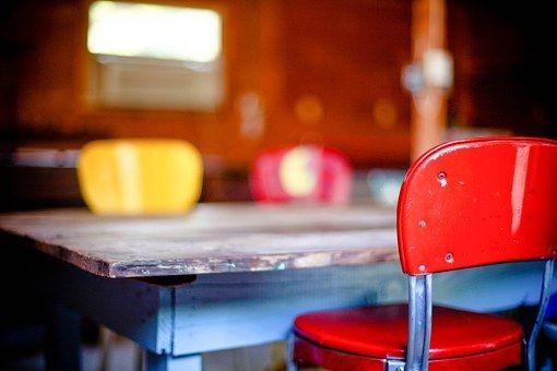 kitchen-table-349702__340